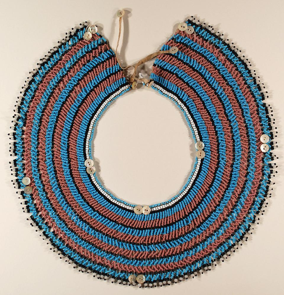round collar made of beads