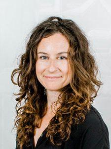 Headshot of Elizabeth Manekin