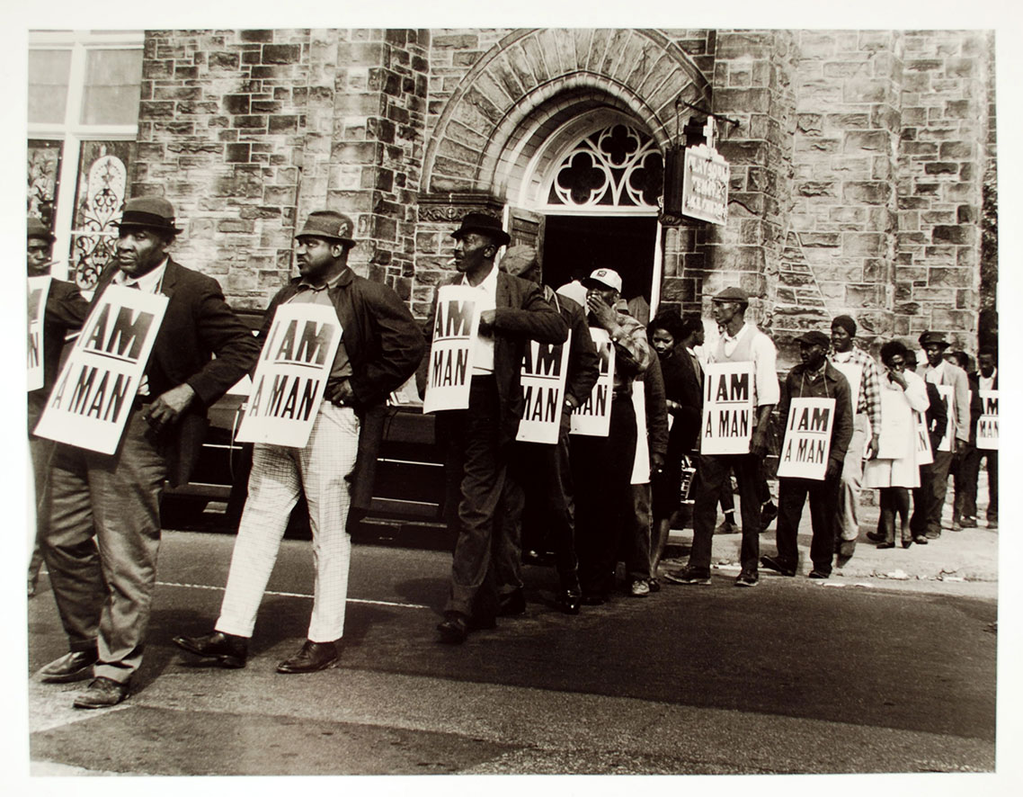 photo of 1968 sanitation workers' strike by Ernest Withers